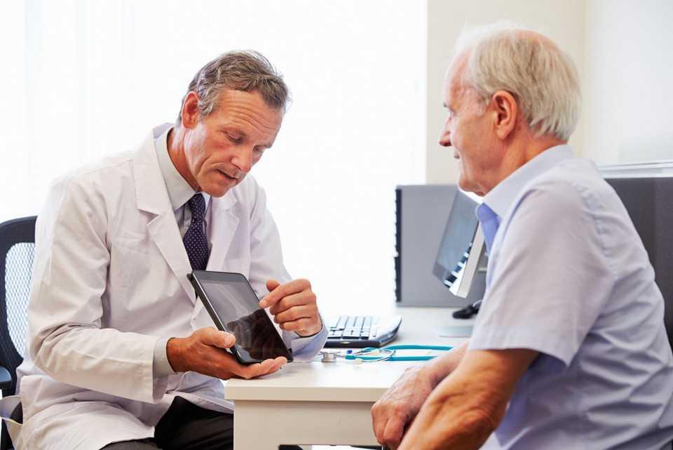 زمان مراجعه به پزشک متخصص قلب